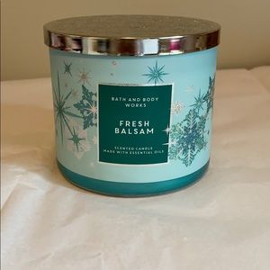 Bath & Body Fresh Balsam Candle